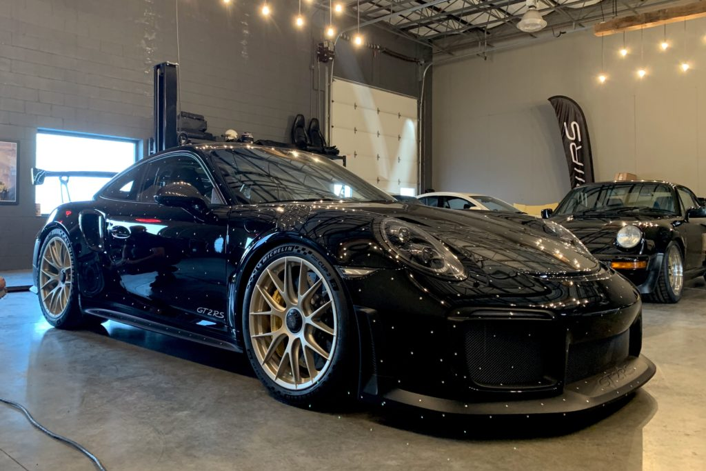 Porsche 911 GT2RS at 311RS HQ 3D scar