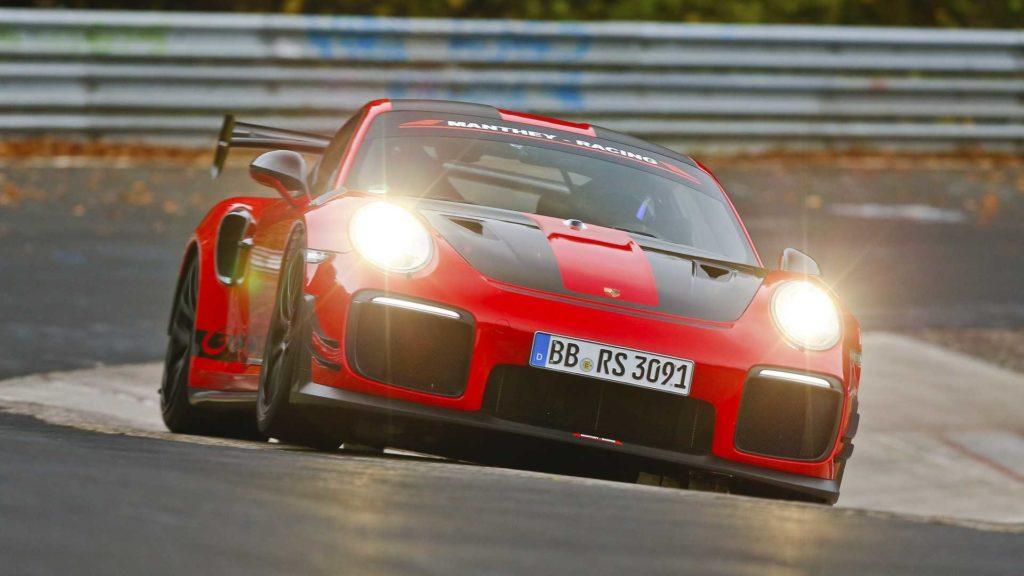 porsche-911-gt2-rs-mr at Nurburgring
